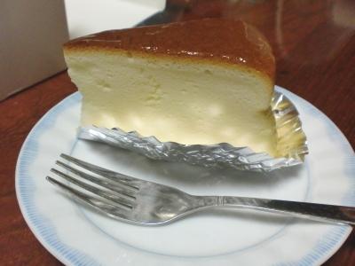 新谷菓子店のチーズケーキ
