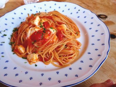 ポモドーロ・モッツァレラチーズのトマトソーススパゲティ